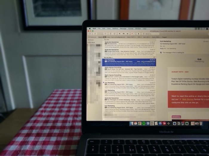 How I Stay Up to Date in the Ever-Evolving SEO Space: My Favorite 5 Newsletters